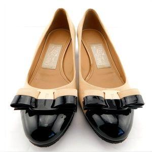 FERRAGAMO Vara Logo Bow Color Block Heel Pumps 6.5